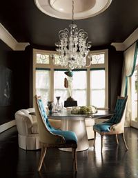 choosing-paint-color-for-ceiling