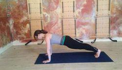 pilates-flat-abs-plank