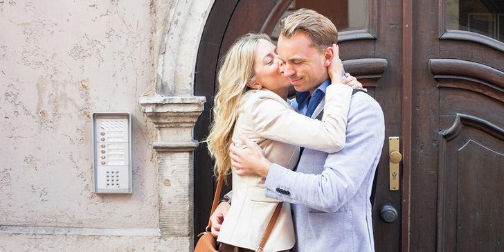 Woman kissing a man on the cheek